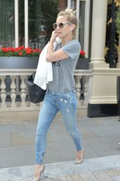 Kate Hudson - Leaving Her Hotel in London, June 2015