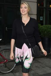 Kate Upton - Leaving Her Hotel in New York City, June 2015