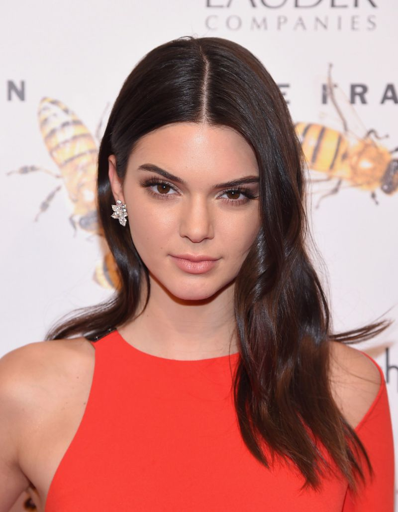 Kendall Jenner 2015 Fragrance Foundation Awards In Nyc