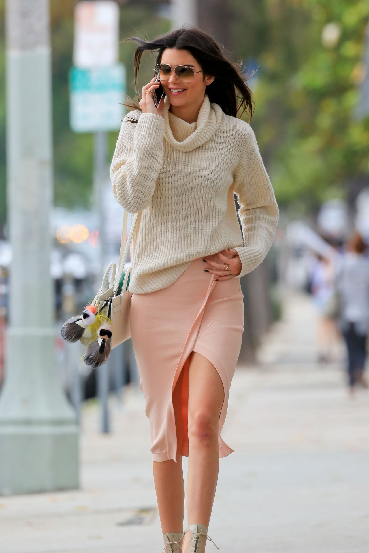 Shows In Los Angeles >> Kendall Jenner Style - Out in Los Angeles, June 2015
