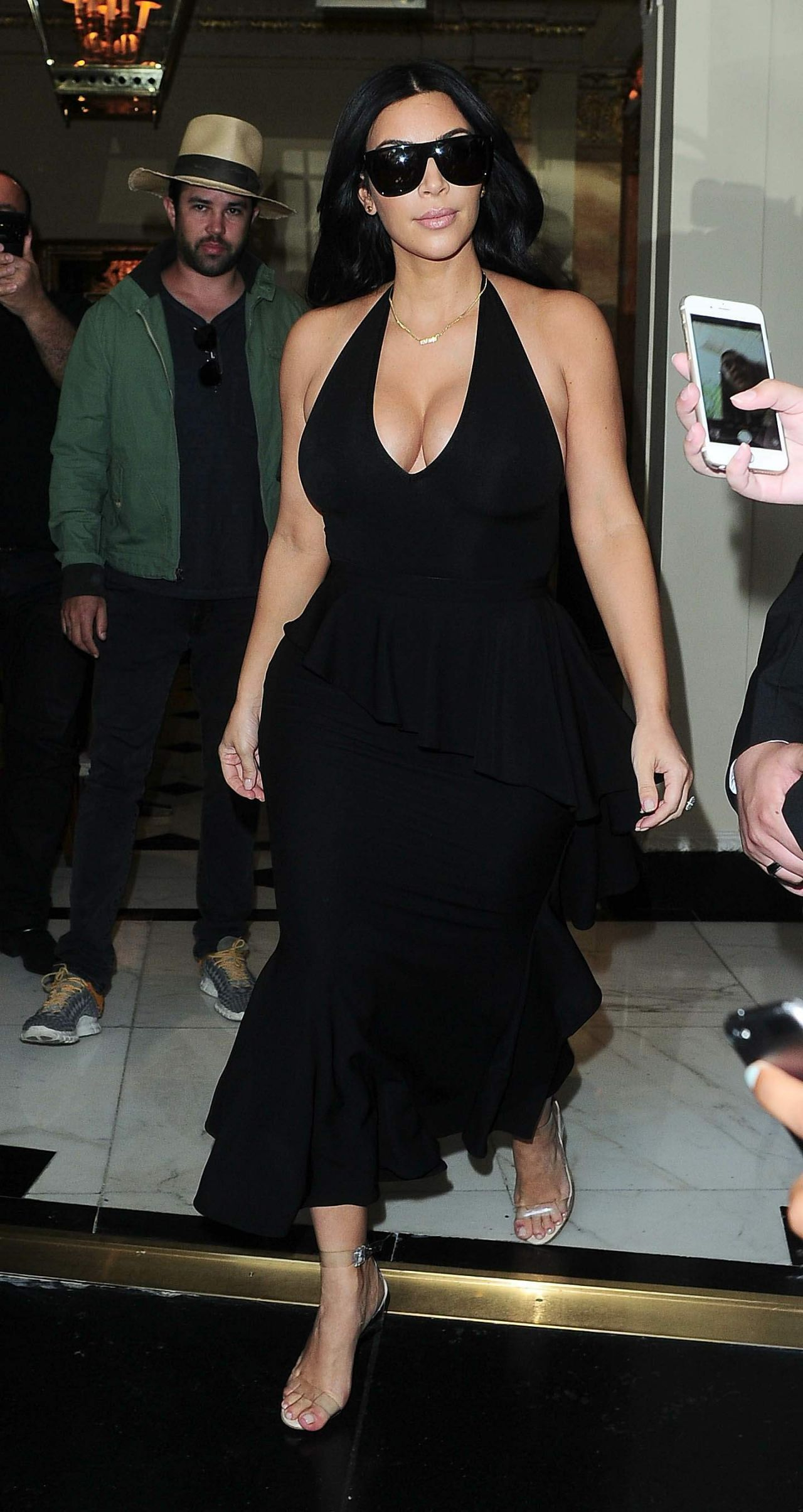 2015 June: Kim Kardashian Latest Photos