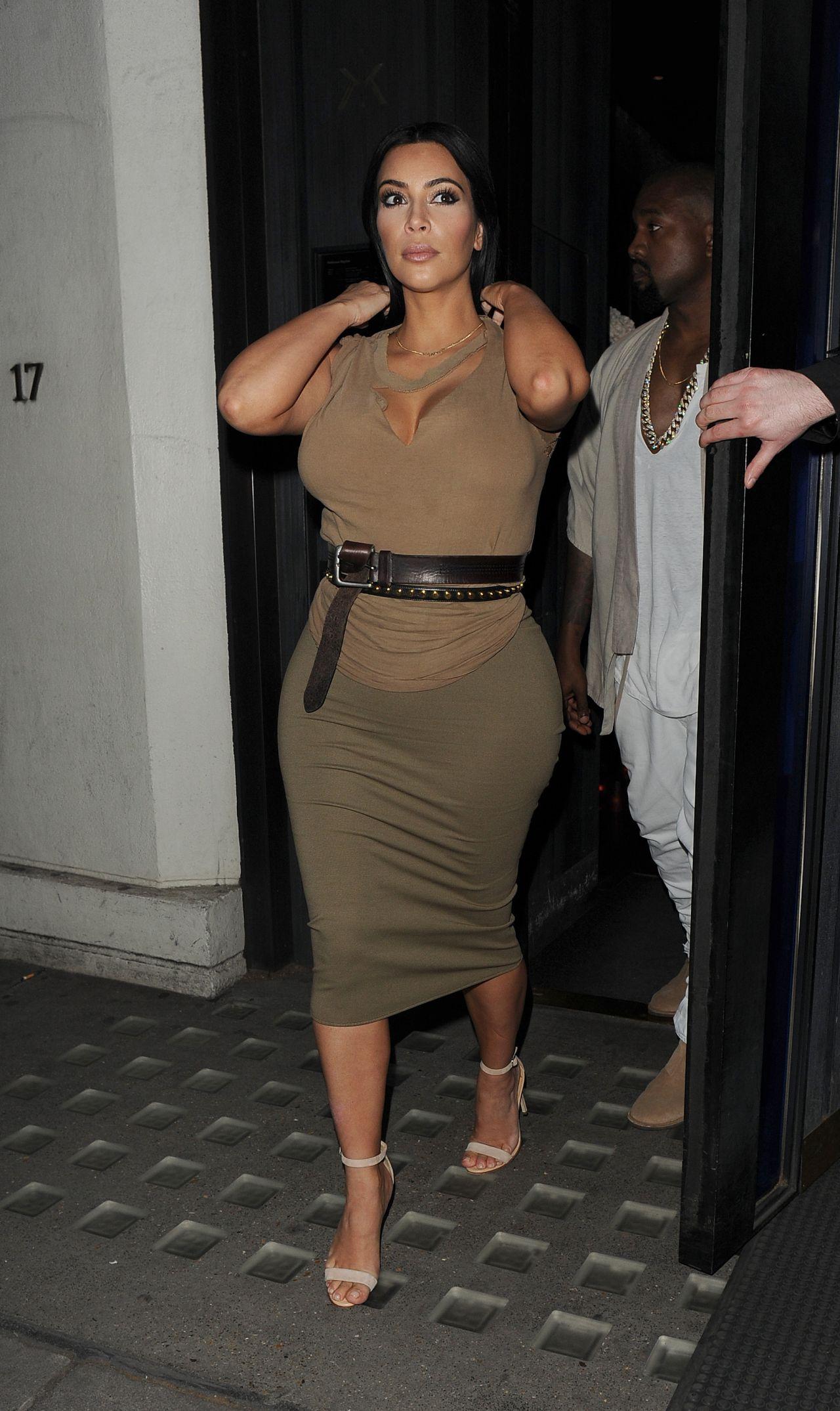 Kim Kardashian Night Out Style - At Hakkasan June 2015