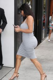 Kim Kardashian - Shows Off Her Physique on a Shopping Trip, June 2015