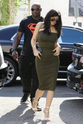 Kylie Jenner Flaunts Herin a Dress - Leaving a Store in Los Angeles, June 2015