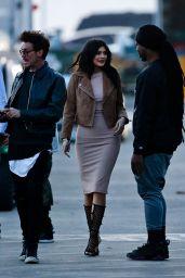 Kylie Jenner - Set of