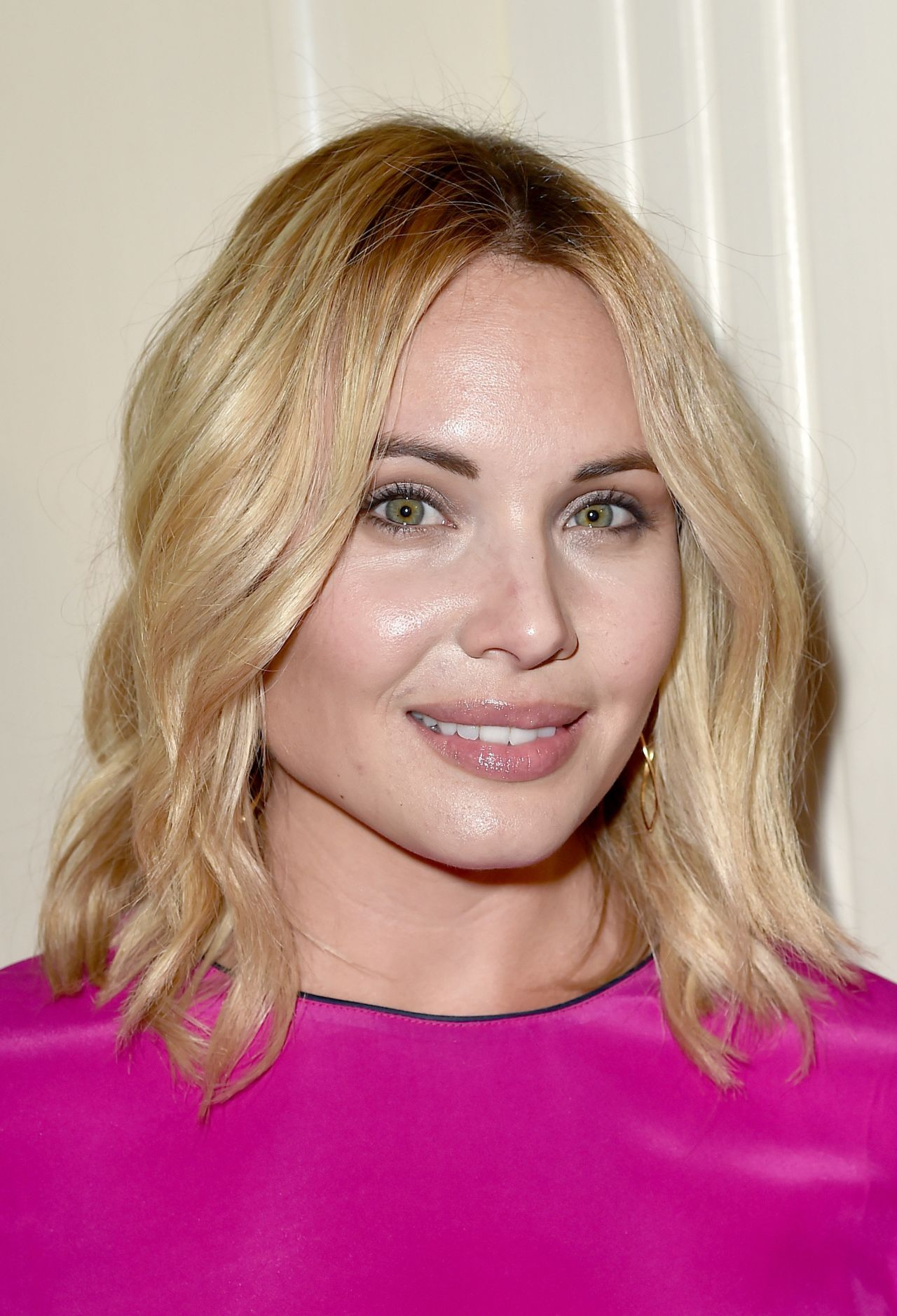 leah pipes - photo #2