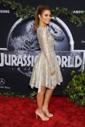 Maria Menounos – Jurassic World Premiere in Hollywood