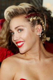 Miley Cyrus - 2015 amfAR Inspiration Gala in New York City