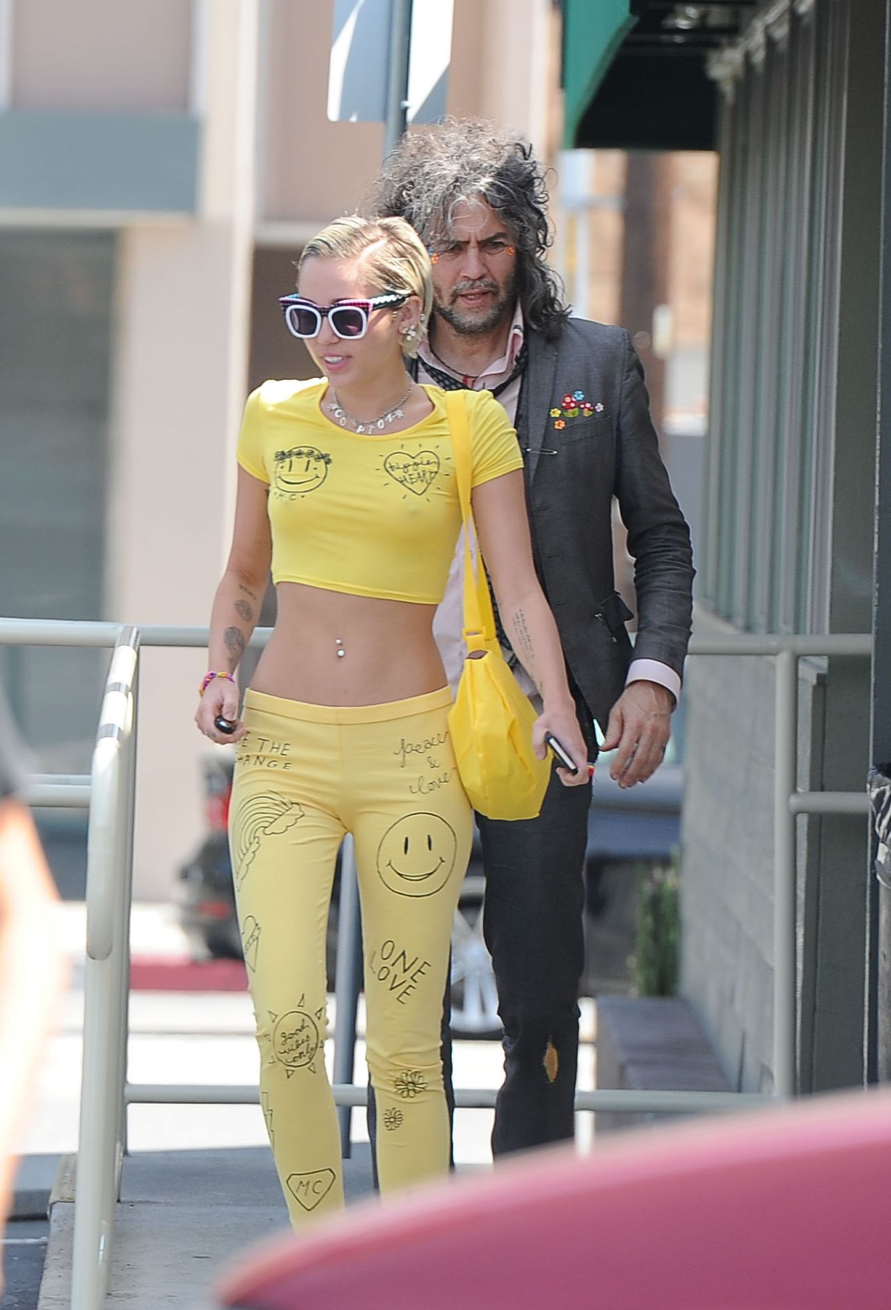 Miley Cyrus Casual Sty...