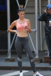 Nina Agdal Jogging in Tights in NYC - June 2015