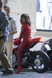 Penelope Cruz - Filming scenes for