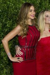 Reese Witherspoon & Sofia Vergara - Hot Pursuit Premiere in Mexico City