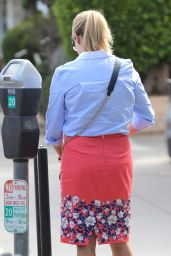 Reese Witherspoon Street Fashion - Brentwood, June 2015