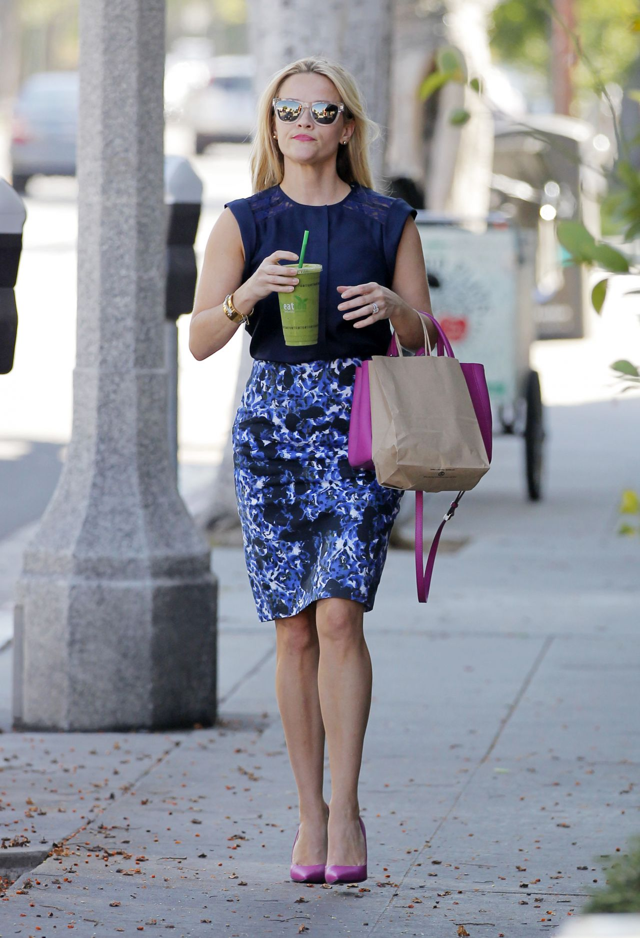 Reese Witherspoon Summer Style Out In Los Angeles June 2015