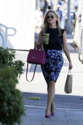 Reese Witherspoon Summer Style - Out in Los Angeles, June 2015