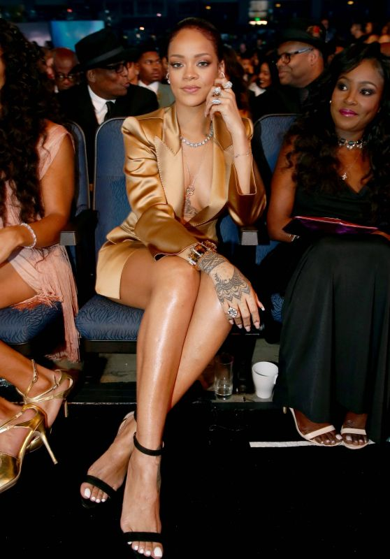 Rihanna – 2015 BET Awards in Los Angeles