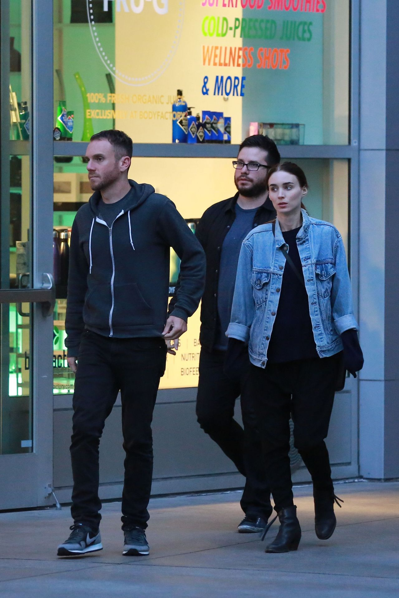 Rooney Mara With Director Boyfriend in Los Angeles  June 2015Rooney Mara Boyfriend