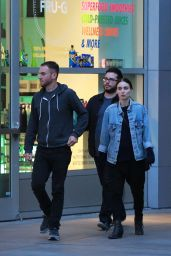 Rooney Mara With Director Boyfriend in Los Angeles, June 2015