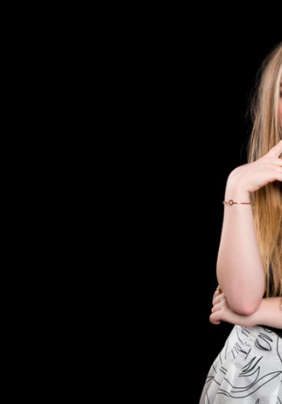 Sabrina Carpenter - AOL BUILD Speaker Series Photoshoot in NYC