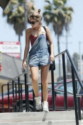 Sarah Hyland - Shopping in Los Angeles, June 2015