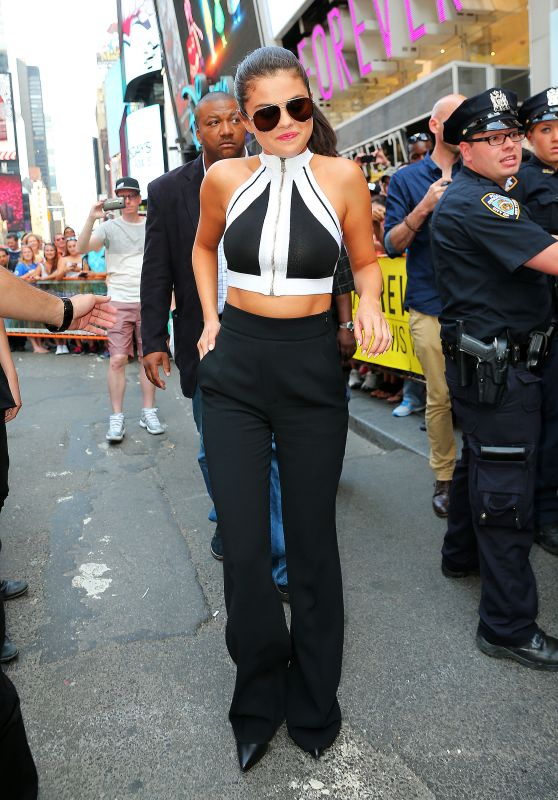 Selena Gomez Leaving iHeart Radio in New York City - June 2015