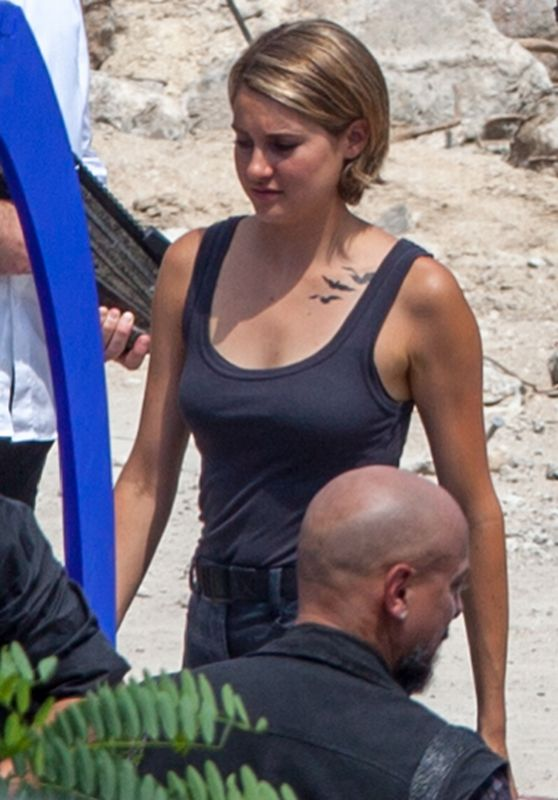 Shailene Woodley - Filming Allegiant: Part 1 in Atlanta, June 2015