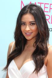 Shay Mitchell - 2015 Children Mending Hearts Empathy Rocks Fundraiser in Malibu