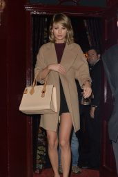 Taylor Swift Leaving Loulou