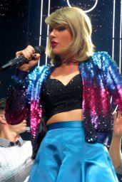 Taylor Swift Performing in Glasgow, June 2015