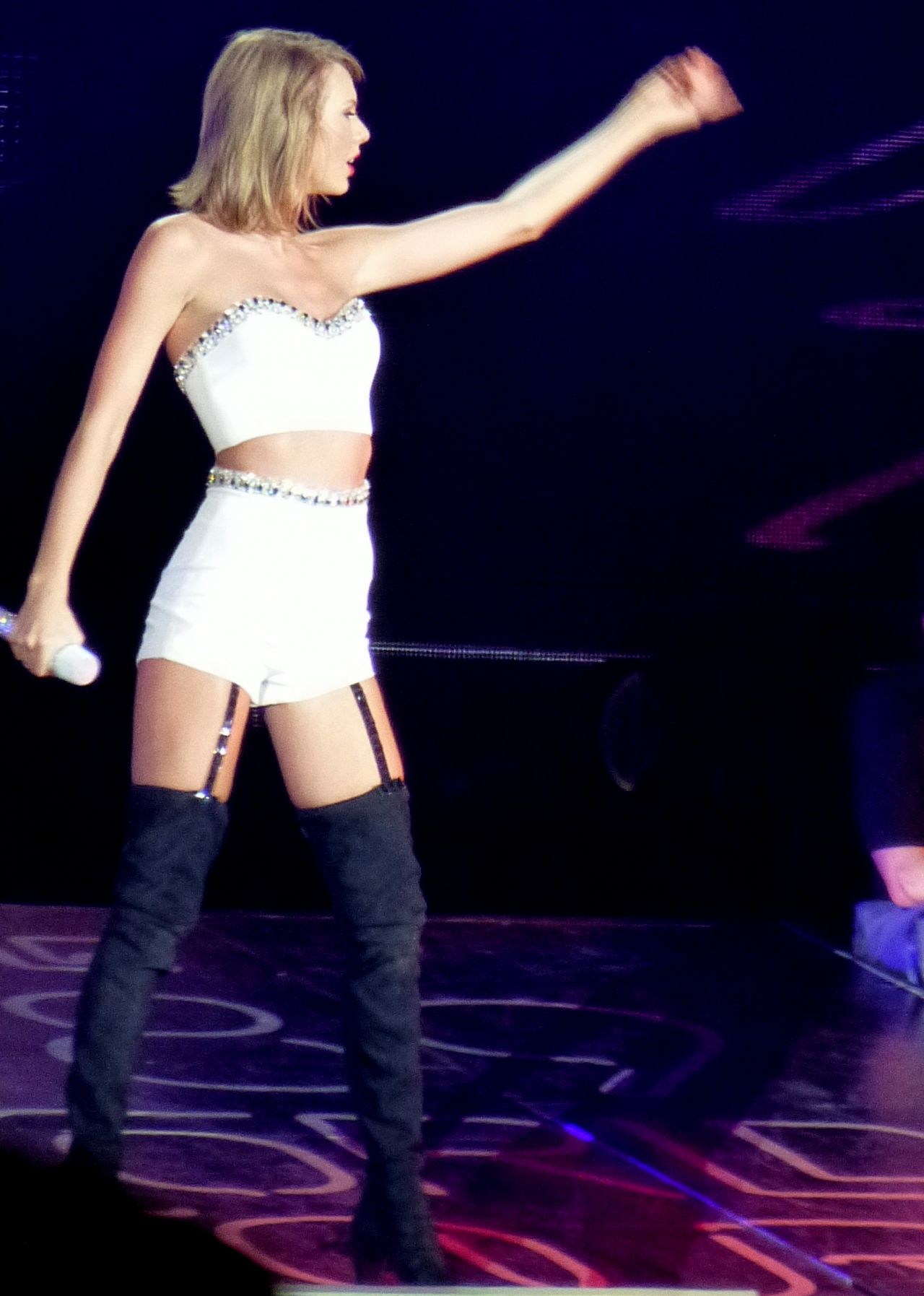 pics photos taylor swift tour dates 2014 2015 tickets taylor swift ...