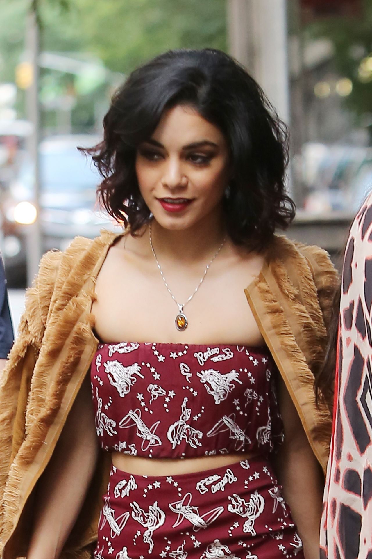 Vanessa Hudgens Style - Leaving Her Apartment in New York ... Vanessa Hudgens