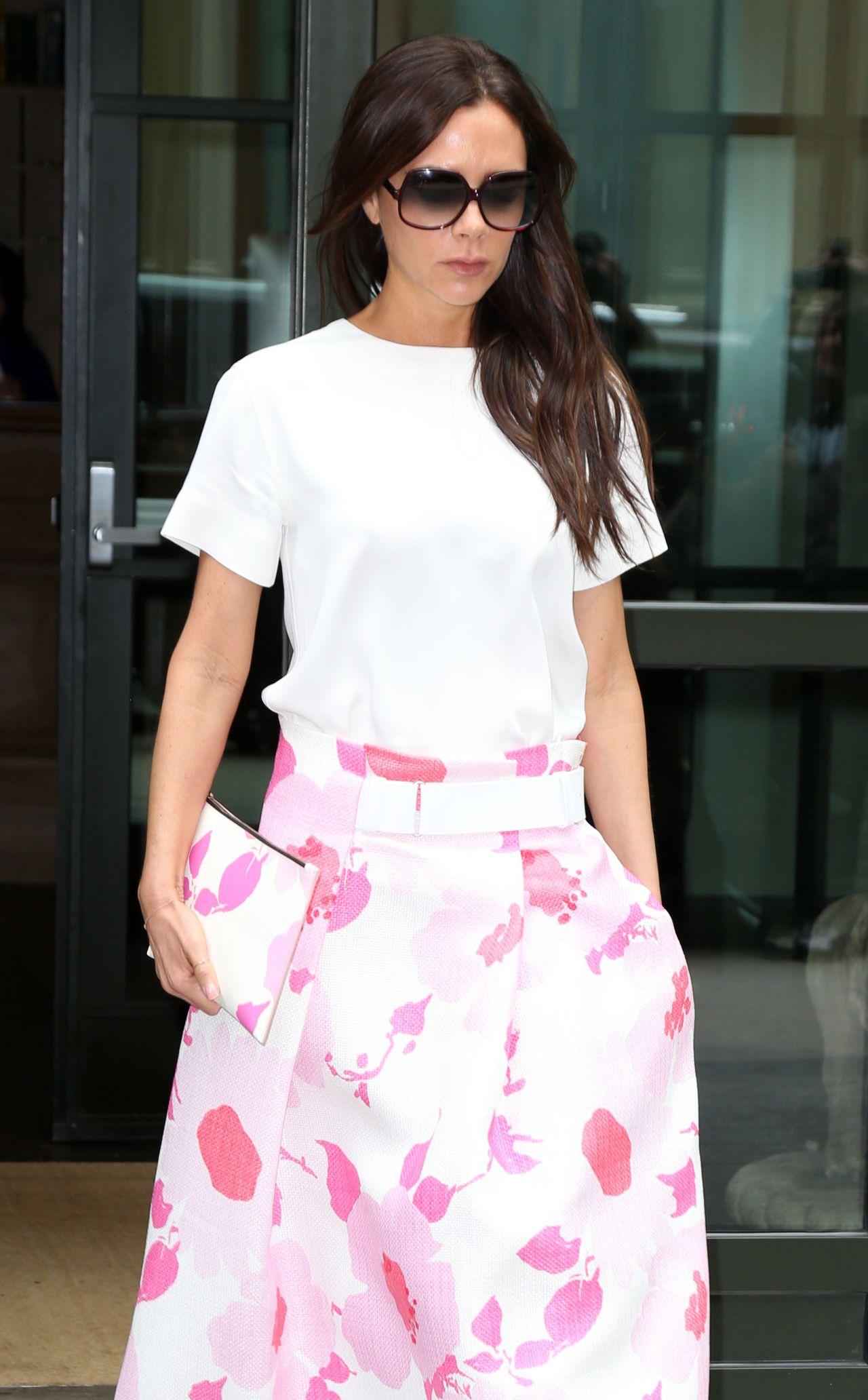 Victoria Beckham Street Style - Leaving Her Hotel in New ... Victoria Beckham