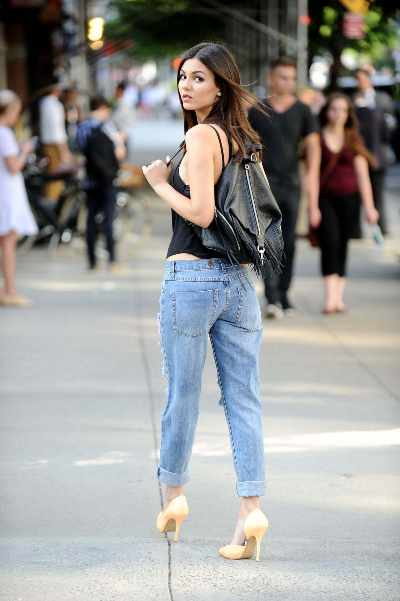 Victoria Justice In Ripped Jeans New York City June 2015