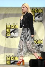 Abigail Breslin - Scream Queens Panel at Comic-Con in San Diego