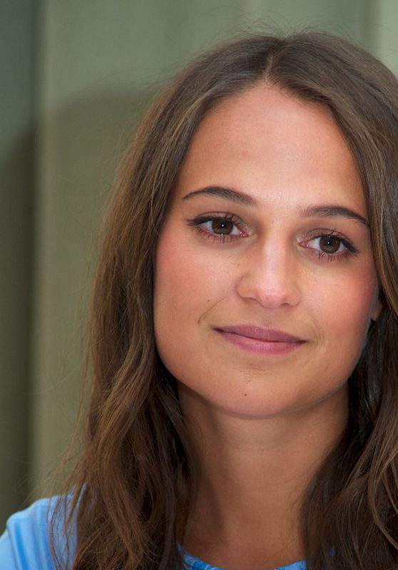 Alicia Vikander - The Man From U.N.C.L.E. - London Press Conference
