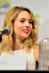 Alona Tal at 2015 Comic-Con in San Diego