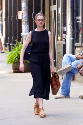 Anne Hathaway Summer Style - Out in New York City, July 2015