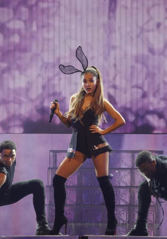 Ariana Grande Performing in Tampa, July 2015