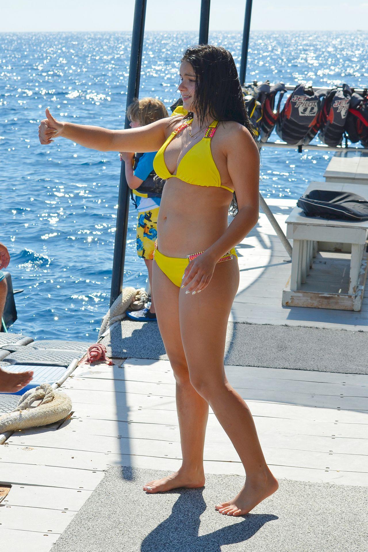Ariel Winter In A Yellow Bikini In Hawaii July 2015