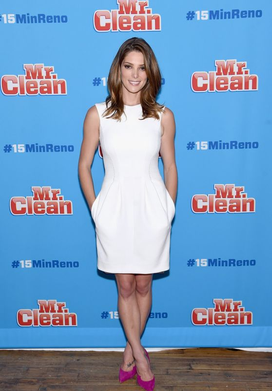 Ashley Greene Style - #15MINRENO Ideas With Mr. Clean in New York City