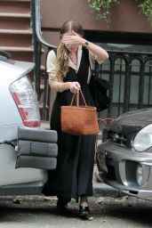 Ashley Olsen Style - Leaving Her House in NYC, July 2015