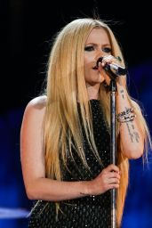 Avril Lavigne Performs at Special Olympics World Games 2015 Opening Night Ceremony in Los Angeles
