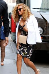 Beyonce Style - Arriving at Her Office in NYC, July 2015