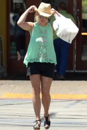 Britney Spears - Shopping at Target in Westlake Village, July 2015