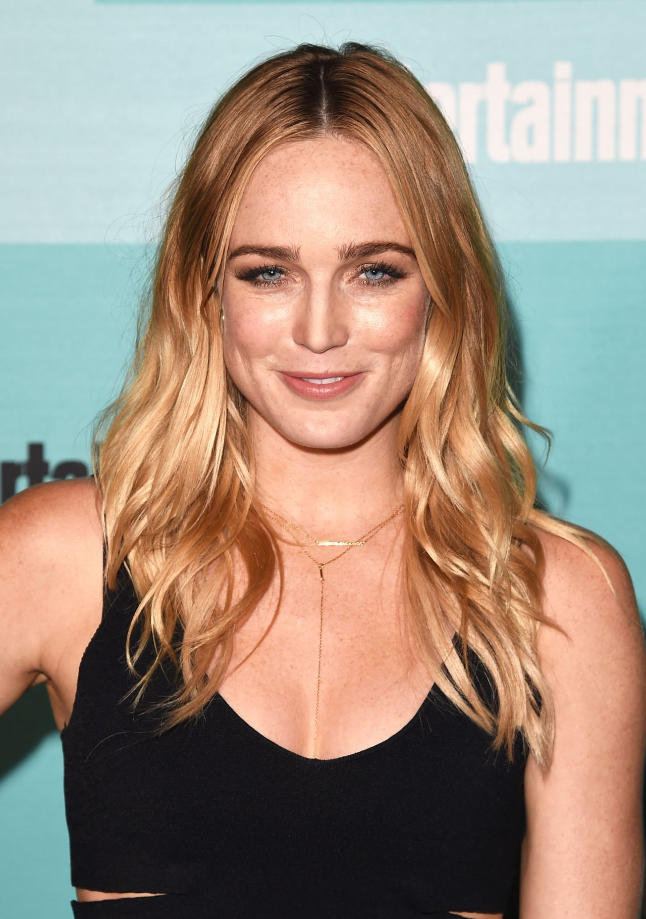 caity lotz website