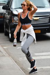 Candice Swanepoel in Leggings - Heading to Gym in NYC, July 2015