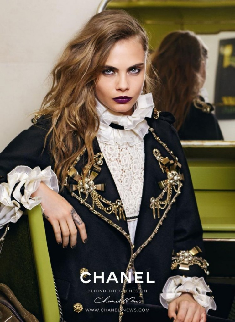 cara-delevingne-chanel-pre-fall-2015-photoshoot_7