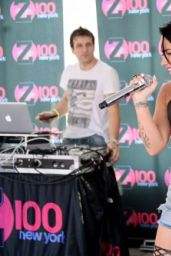 Demi Lovato is Hot - Cool for the Summer Pool Party Tour in New York