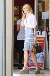 Elle Fanning - Chats on Her Phone After Enjoying Lunch in West Hollywood - July 2015