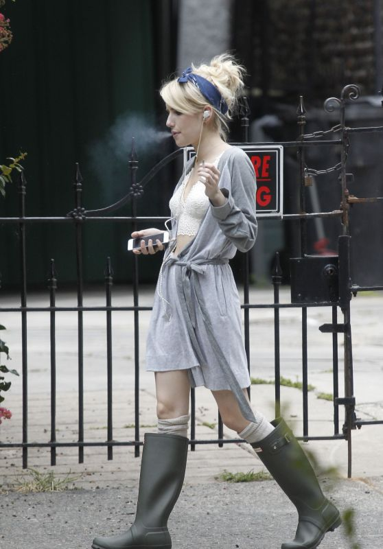 Emma Roberts - New Orleans, July 2015